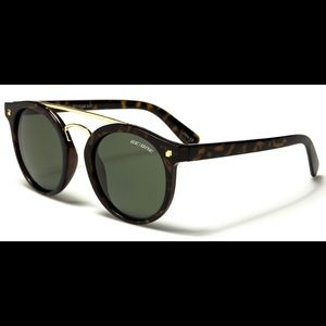 Sunglasses NWT plus microfiber pouch.